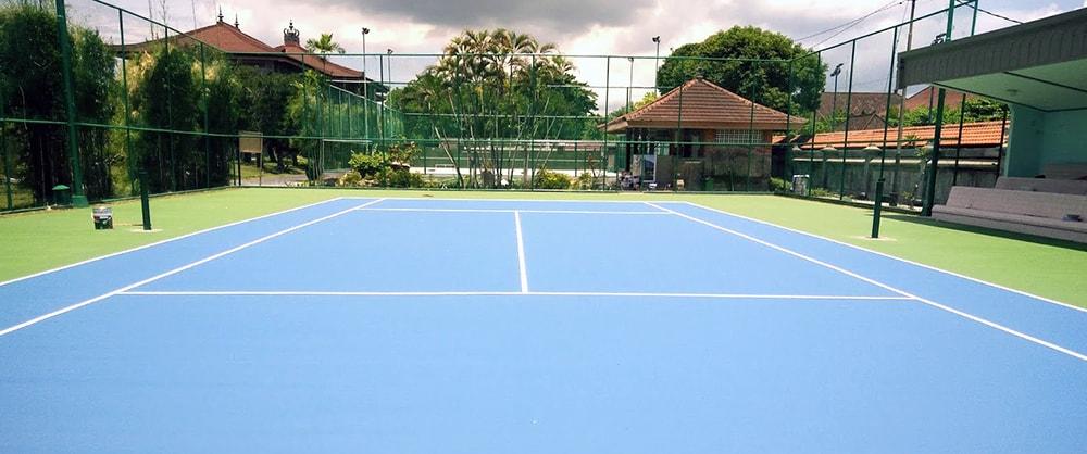 Lapangan Tenis Harus Dikerjakan Kontraktor Agar Sesuai Dengan Standar Berlaku